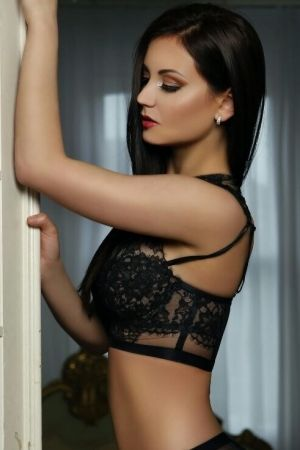 Escort  Juliette from Mayfair