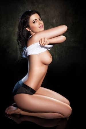 Antonia - A level escort
