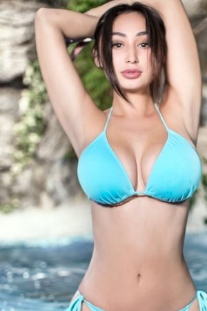 Escort  Kira from Edgware Road