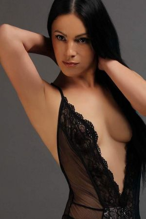 Escort  Mika from Bayswater