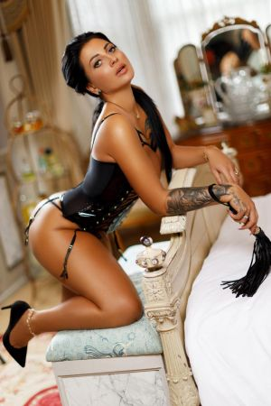 Escort  Antonina from Edgware Road