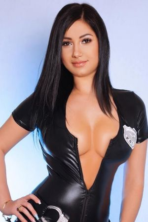 Escort  Lorina from Paddington