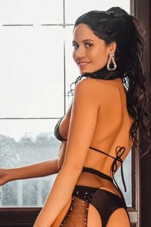 Escort  heleni from Marble Arch